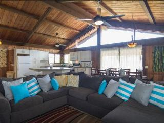 Sunset Surf Cottage (3bed), Haleiwa