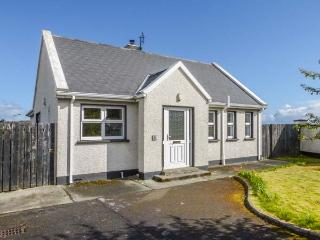 3 CARROWCANNON, all ground floor, en-suite, Sky TV, close to amenities and coast, in Falcarragh, Ref 933217