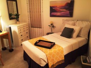 Suite with Private Bath in Phoenix West