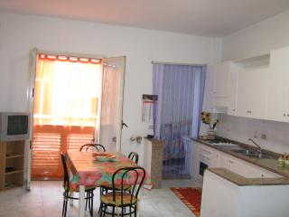 Appartamento GIARDINI NAXOS a 20mt dalla spiaggia, Giardini-Naxos