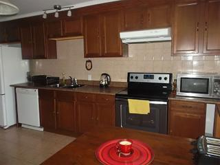 Fully equipped, apartment 110 m2, ,3 bedrooms, Longueuil