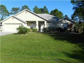 4 BDRM House, Saltwater Pool (monthly discounts), North Port