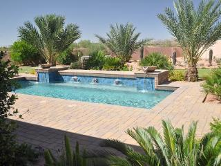 Luxury Oasis/View, Pool, Hot Tub, Putting Green