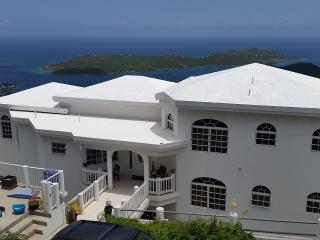 Shamalie Bed & Breakfast-  Rooms and Apartments, Charlotte Amalie