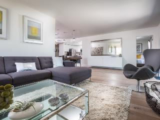 4 Bedroom Penthouse with 6 beds., West Hollywood