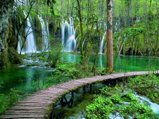 ONLY 5 MINUTES FROM PLITVICE LAKES, Plitvice Lakes National Park