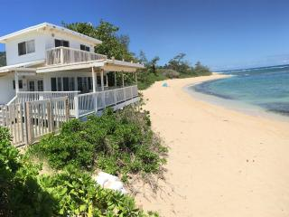NORTH SHORE OAHU BEACH Front 4 bedroom, 2 bath, Waialua