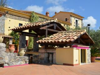 Antico Casale Del Buono, apartment near the sea for rental (for 4/5 pax)