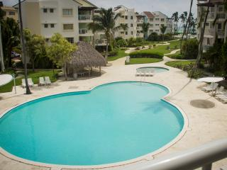 Playa Turquesa P-303 Premier Beachfront Ocean View