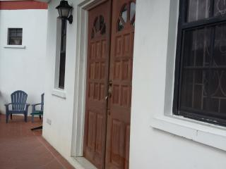 Mountain View Villa - garden apartment, affordable, St. George