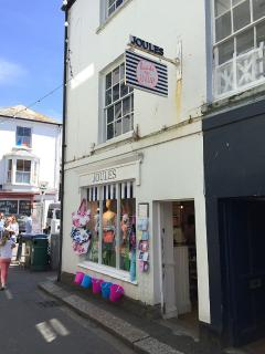 Shopping in Fowey, Fore Street