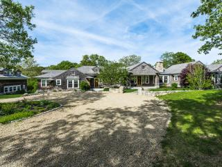 BRANR - Chilmark Contemporary Waterfront, Enjoy Quansoo Private Association, West Tisbury
