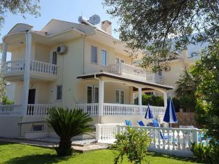 Villa with Private Swimming Pool Sleeps 6, Ovacik