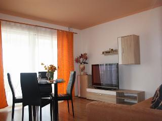Apartment Mira with Panoramic view nr. 2, Krk