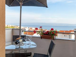 Luxury apartment with seaview, Podstrana