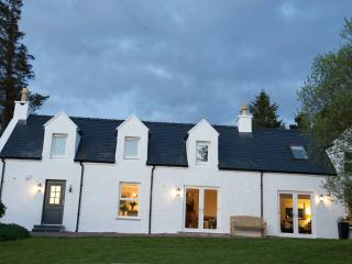 Bayview Croft Luxury Cottage with Stunning Views, Portree