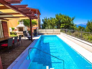 Splitska Villas - Villa Big View