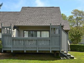 2 bedroom, 2 bath townhouse. Less than 5 blocks to beach!, South Bethany