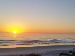 Breathtaking View, Relaxing, Direct Oceanfront, Saint Augustine Beach