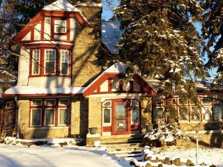 Le Maison du Paix (Rent Entire House)