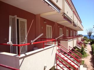 Miniappartamento in elegante residence sul mare di Torre Archirafi, Riposto