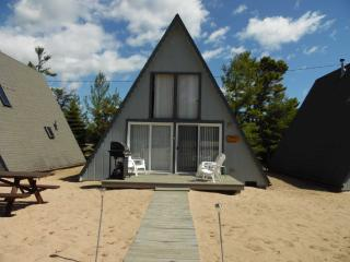 Board Walk Beach 2 - Tree House, Oscoda