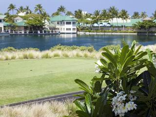 BEAUTIFUL 2 BEDROOM, 2 BATH LAKE VIEW - LAVA FLOW SPECIAL 7th Night Comp, Waikoloa