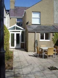 Rear of Morfa Hill - secure and private garden - South facing - Parking for 3 cars or boats
