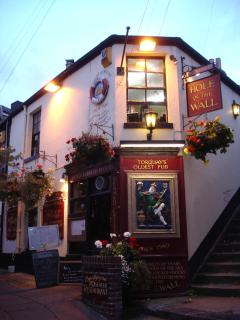 The Hole In The Wall - Torquay's oldest pub (c.1540) and just moments from Trinity Mews.