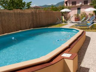 Great value & location, close Lucca ! Private pool, Capannori