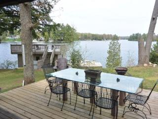 Beautiful Historic Home In Bala On Lake Muskoka