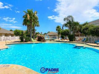 Beautiful 3 bedroom Poolside property the whole family will enjoy!, Corpus Christi