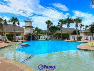 Best Pool on the Island! 2 bedroom Townhouse w/garage and free Wifi!, Corpus Christi