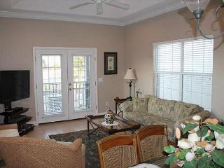 Villas of Ocean Gate 345, 2 Bedroom, 2 Bath, Bonus Room, Garage, 2 Pools,WIFI, Saint Augustine