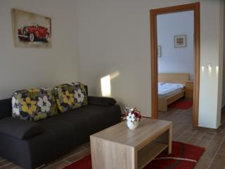 Apartments 'Porat' - Apt. 2, Tivat