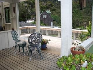 Peaceful and Private Tangaroa Lodge, Russell