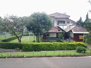 Villa Chava Bata - Ciater Highland Resort, Bandung