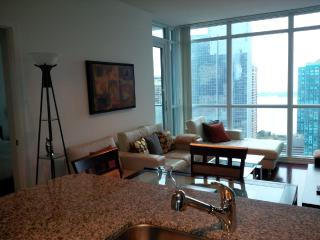 2 Bedroom + Den Downtown next to Union & Harbour, Toronto