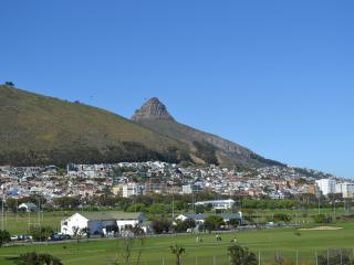 Signal Hill and Lions Head