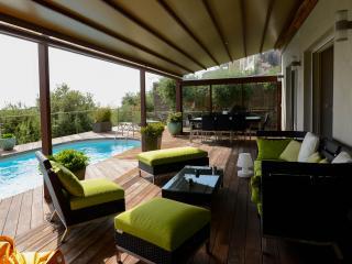 maison hauteur de bastia avec piscine et vue mer