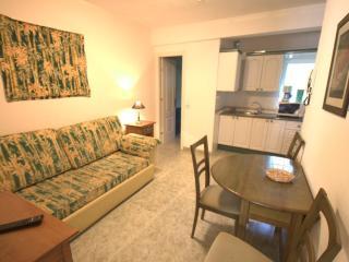 Emma Apartments, 1 Bed Apt Number 8 (Ref: 46), Los Cristianos