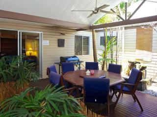 Pet Friendly Sunshine Beach House