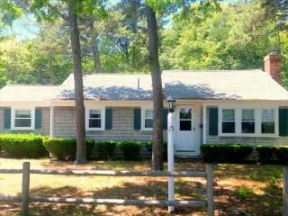SWEET THREE BEDROOM IN THE HEART OF THE MID-CAPE! 131741, West Yarmouth