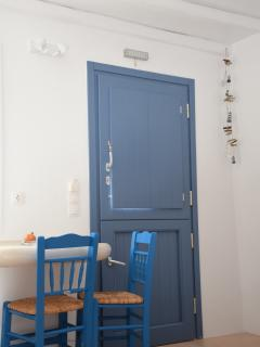 Cycladic simplicity