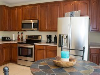 A Full Kitchen provided with top-of-the-line appliances, Cooking utensils provided, Linens provided,