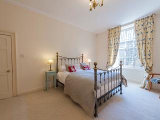Beautiful Central Edinburgh Home- Sleeps 4, Edimburgo