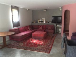 Belle chambre privée 35m2 près du port., Cassis