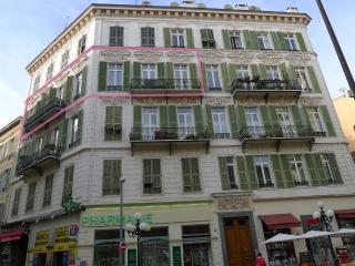 Palatial apt in Nice, Musiciens quarter, 3rd floor, convenient, sunny balconies