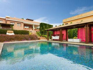 Villa a 400 metros de la playa La Fosca, Palamos