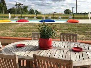Maison avec salles de réceptions et piscine, Sainte-Foy-d'Aigrefeuille